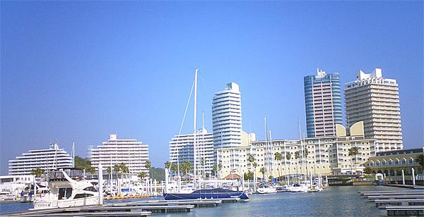 091031_marina_city.jpg